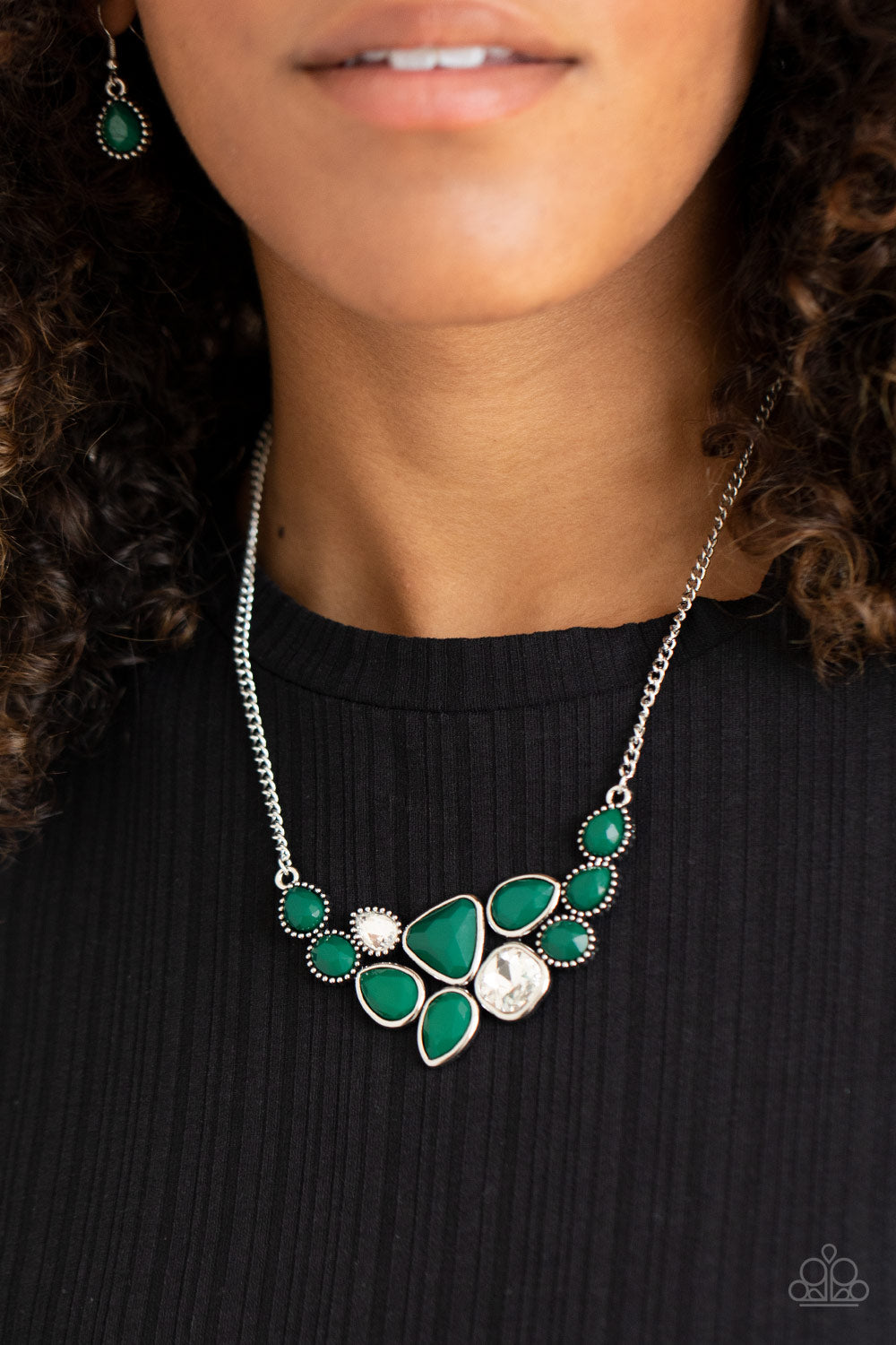 Breathtaking Brilliance - Green Necklace Paparazzi Accessories New