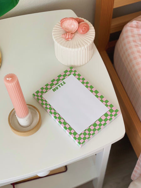 NOTES GREEN/PINK NOTEPAD