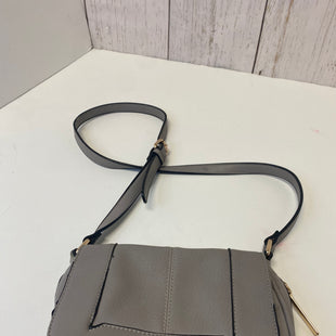 Primary Photo - BRAND:    CLOTHES MENTOR STYLE: HANDBAG COLOR: PEWTER SIZE: SMALL OTHER INFO: DOT DASH - SKU: 144-14483-88751
