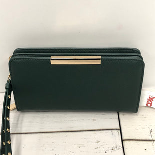 Primary Photo - BRAND:    CLOTHES MENTOR STYLE: WALLET COLOR: GREEN SIZE: LARGE OTHER INFO: MADISON WEST - NEW! SKU: 144-14411-74660WRISTLET