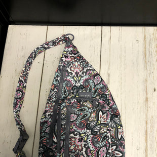 Primary Photo - BRAND: VERA BRADLEY STYLE: BACKPACK COLOR: PAISLEY SIZE: MEDIUM SKU: 144-144138-3