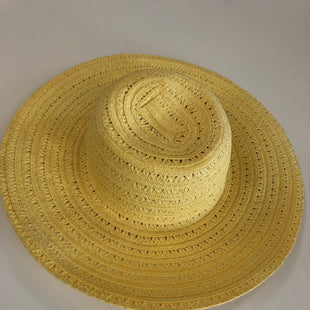 Primary Photo - BRAND:    CLOTHES MENTOR STYLE: HAT COLOR: STRAW SKU: 144-144103-21106