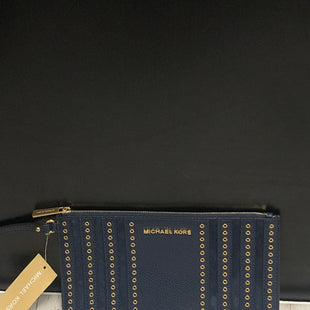 Primary Photo - BRAND: MICHAEL BY MICHAEL KORS STYLE: WRISTLET COLOR: BLUE OTHER INFO: NEW! SKU: 144-144137-395