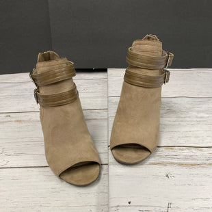 Primary Photo - BRAND: LIZ CLAIBORNE STYLE: BOOTS ANKLE COLOR: TAN SIZE: 8 SKU: 144-14483-85439