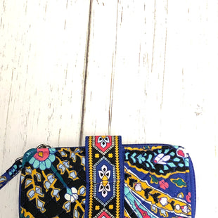 Primary Photo - BRAND: VERA BRADLEY STYLE: WRISTLET COLOR: MULTI OTHER INFO: NWOT - RFID ROMANTIC PAISLEY SKU: 144-14483-84087