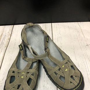 Primary Photo - BRAND: JAMBU STYLE: SHOES FLATS COLOR: OLIVE SIZE: 9.5 SKU: 144-14483-86538