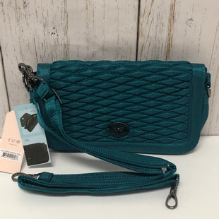 Primary Photo - BRAND:    CLOTHES MENTOR STYLE: CLUTCH COLOR: TEAL OTHER INFO: LUG  - NEW  ALLEGRO MEDIUM SKU: 144-144129-285