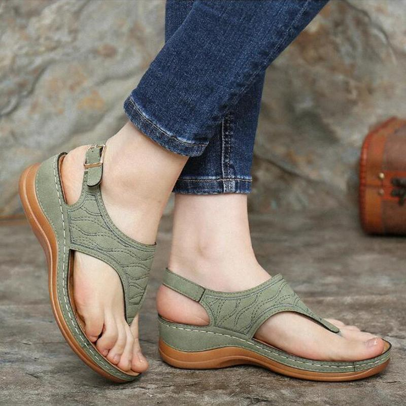 【Last 200 pairs】【Final Sale Only Today⭐ Factory Outlet】Ladies' hollow out hand-embroidered sandals