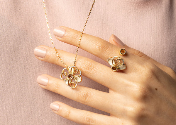 Dubai-based fine gold jewelry