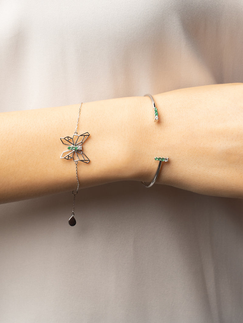 BUTTERFLIES W BANGLE