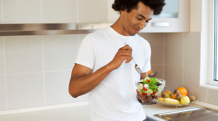 Maintain a balanced meal can improve a man's health and performance.