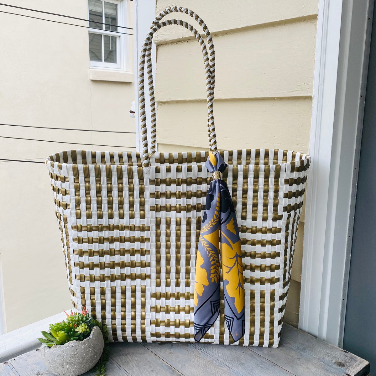 White and Gold Ultimate BeachBag