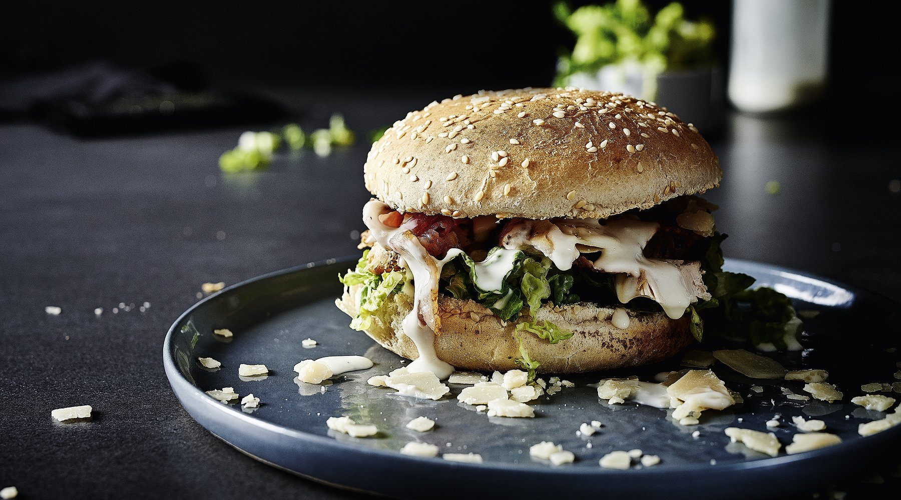 CAESAR'S CHICKEN-BURGER