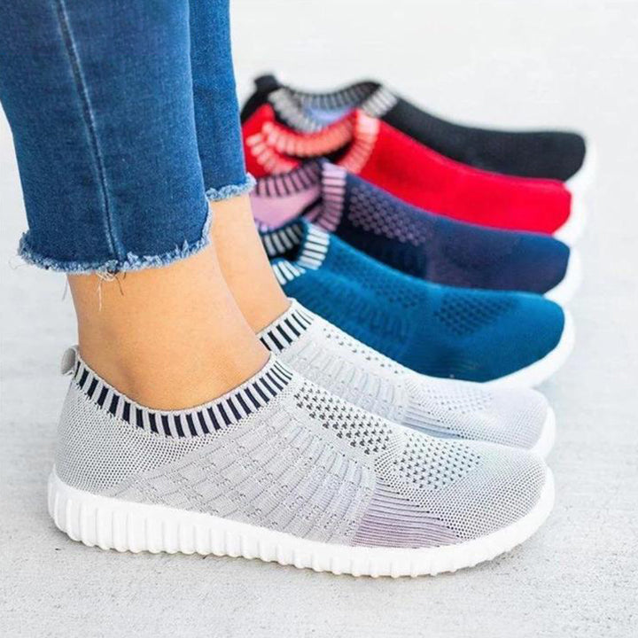 2021 New Athletic Walking Shoes Casual Mesh