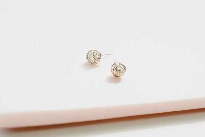 knot silver wire earring studs