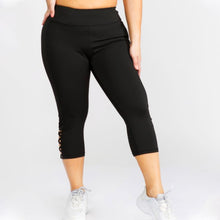 Load image into Gallery viewer, Black Plus Size Cross Me Pocket Capri
