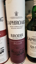 Laden Sie das Bild in den Galerie-Viewer, Laphroaig Brodir Port Whisky 0.7 48%
