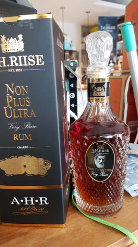 A.H.Riise Rum Non plus ultra very rare 0.7l 42%