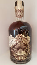 Laden Sie das Bild in den Galerie-Viewer, Don Papa Rum rare cask limitierte Edition 0.7 mit starken 50.5%