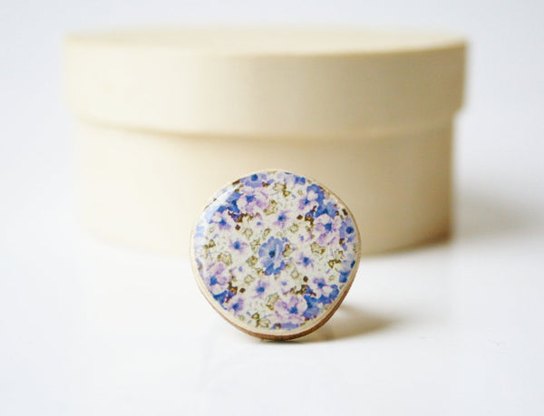 Cocktail ring purple floral pattern delicate adjustable ring bridesmaid jewelry floral ring eco fashion minimalist jewelry eco friendly
