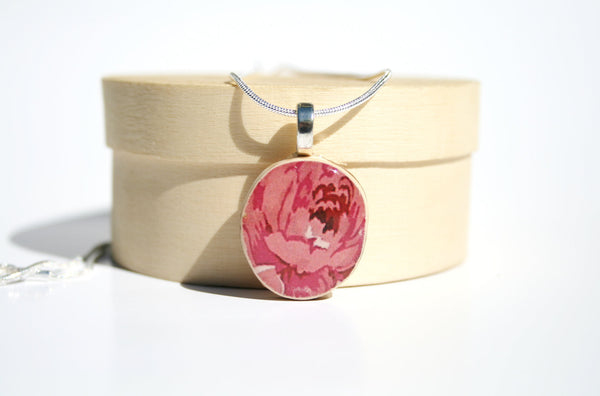 Floral Pendant necklace best friend gift Unique gifts wood gifts pink flower nature lover gifts circle pendant eco friendly