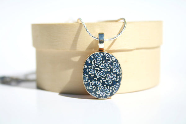 Navy Blue Flower Pendant 1/2 inch round with 18 inch chain