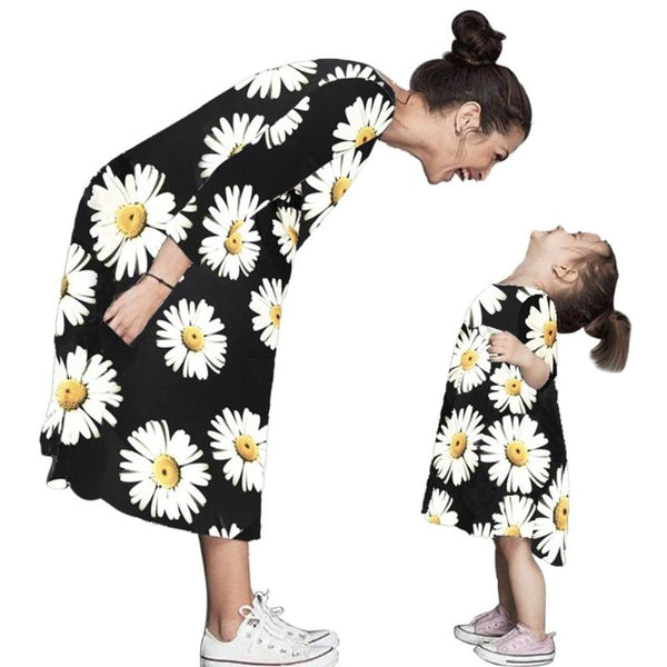 Family Matching Outfits Long Sleeve Mother Girls Dresses Print Clothing Summer Dress Clothes Family Clothes Mother and Daughter