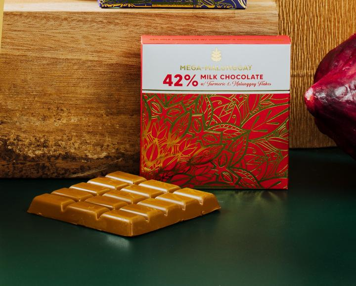 Auro 42% Milk Chocolate with Herbilogy Turmeric and Malunggay Flakes 50g