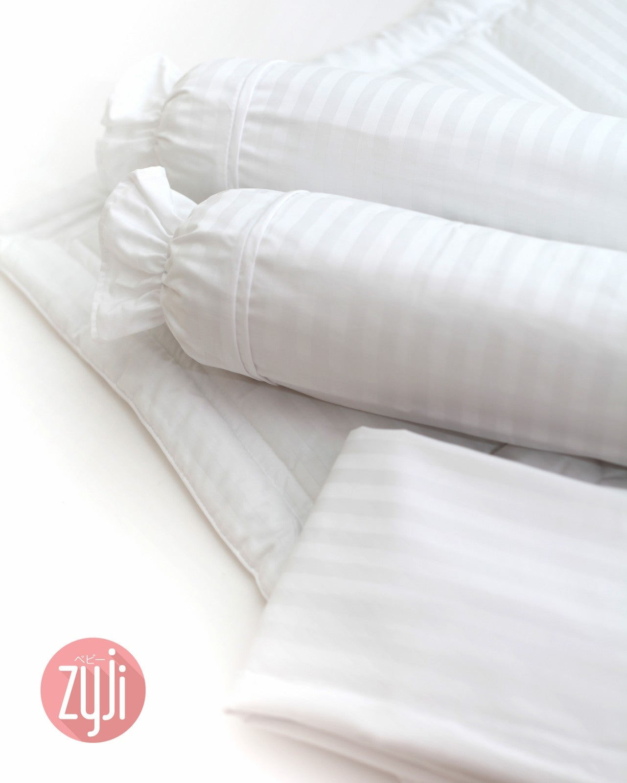"Zyji 4 PC Luxury Bedding Set for Wooden Cribs (28"" x 52"")"