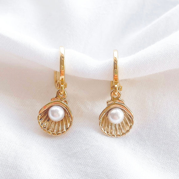 Gold Clam Pearl Earrings