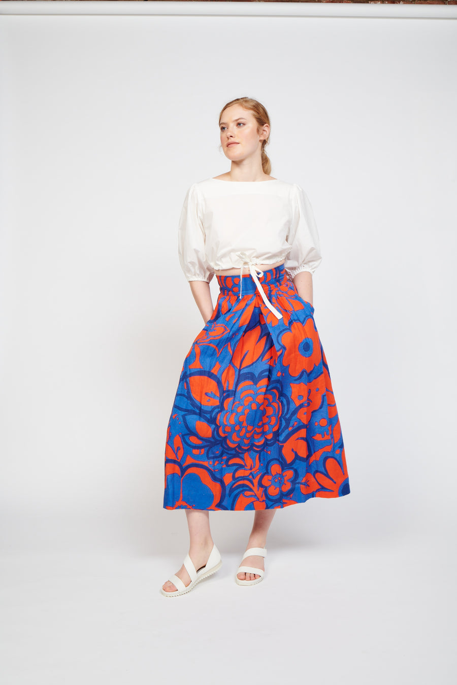 Kimani Skirt in Ashbury Floral Red/Blue