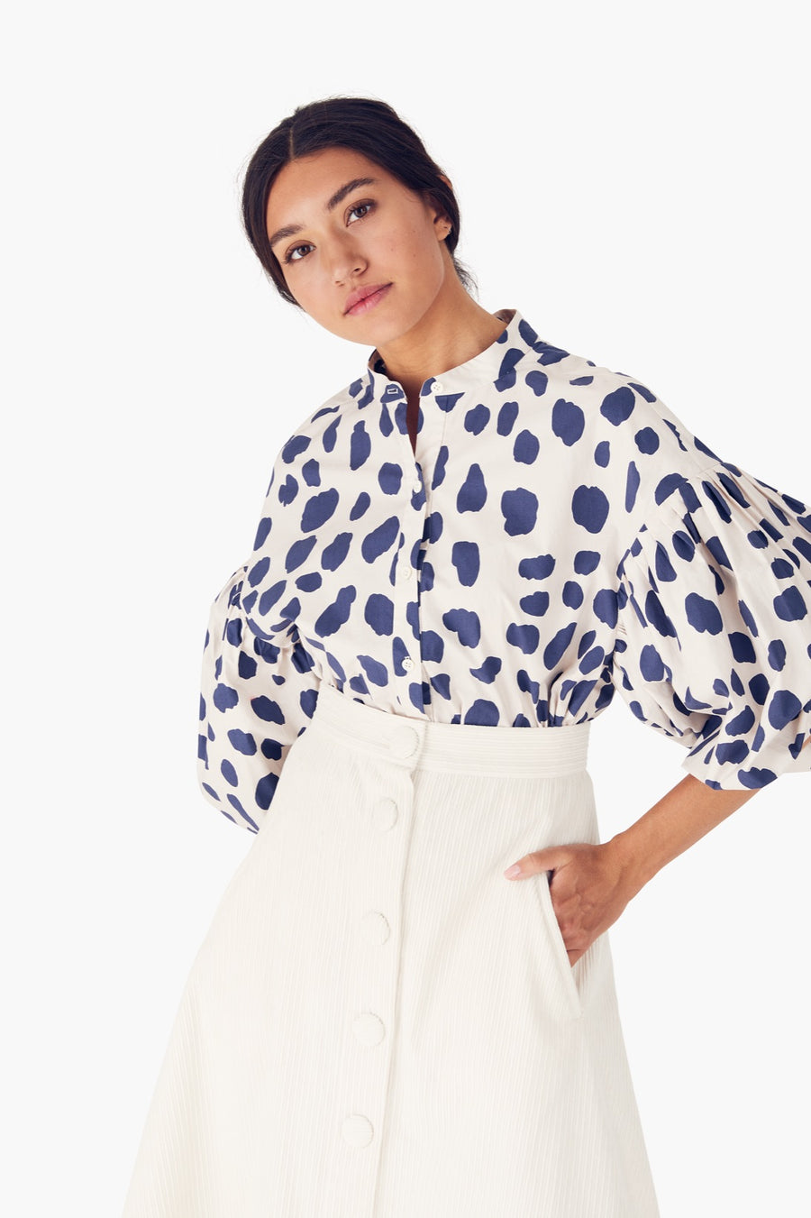Neely Blouse in Jag Mark Ivory-Navy