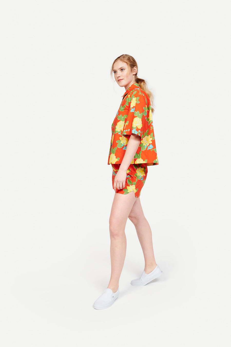 Rocky Short in Hermosa Floral Red/Yellow