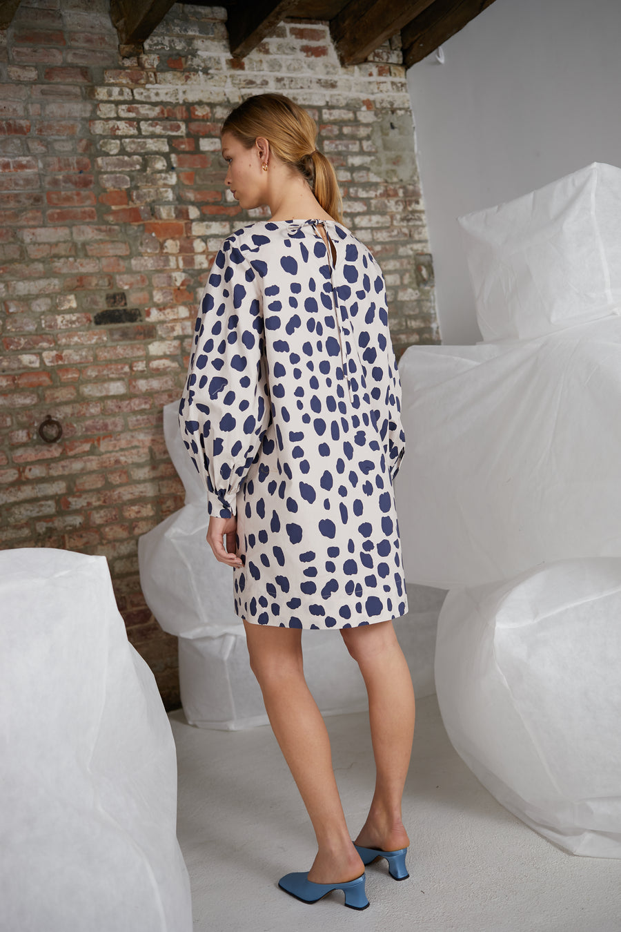 Jude Dress in Jag Mark Ivory-Navy