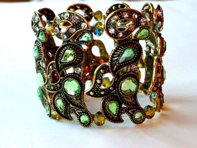 Vintage green crystal and brass cuff