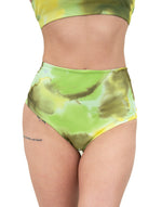 VEKKER LA High Waisted Shorts - Key Lime Pie