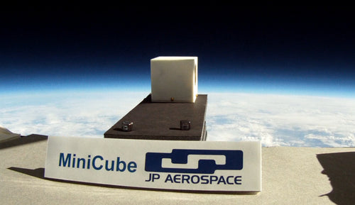 MiniCube Flight