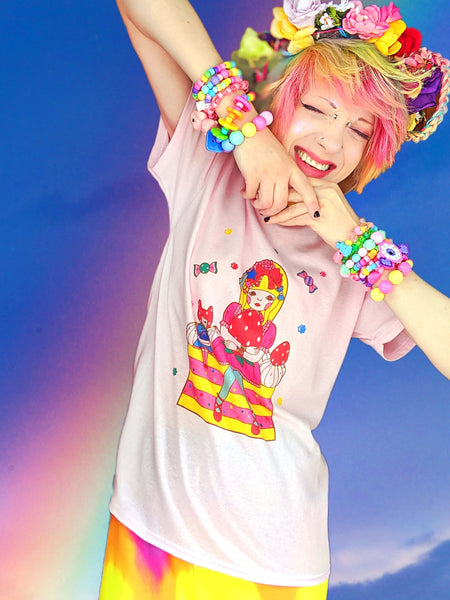 Katie Castles smiling with Naoshi's Sweets Babydoll t-shirt!