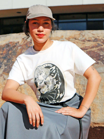Vintage girl graphic tee by Japanese artist Anraku.