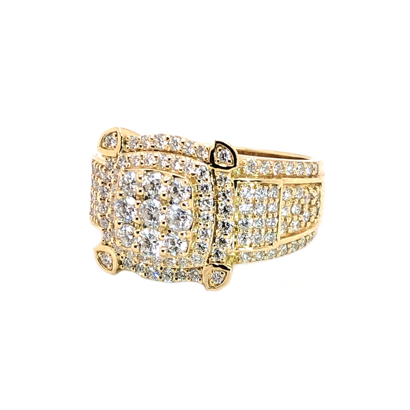 The Prize - Yellow Gold & VS Diamonds Ring