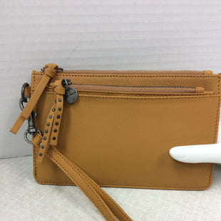 Primary Photo - BRAND: LUCKY BRAND STYLE: WRISTLET COLOR: YELLOW SIZE: OS SKU: 133-13374-2353