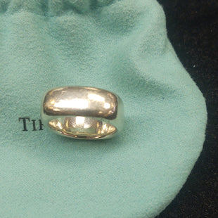 Primary Photo - BRAND: TIFFANY AND COMPANY STYLE: RING COLOR: STERLING SILVER OTHER INFO: 2003 CUSHION SKU: 133-13316-115837SIZE 6
