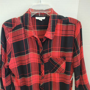 Primary Photo - BRAND: BEACHLUNCHLOUNGE STYLE: TOP LONG SLEEVE COLOR: PLAID SIZE: L SKU: 133-13373-12409