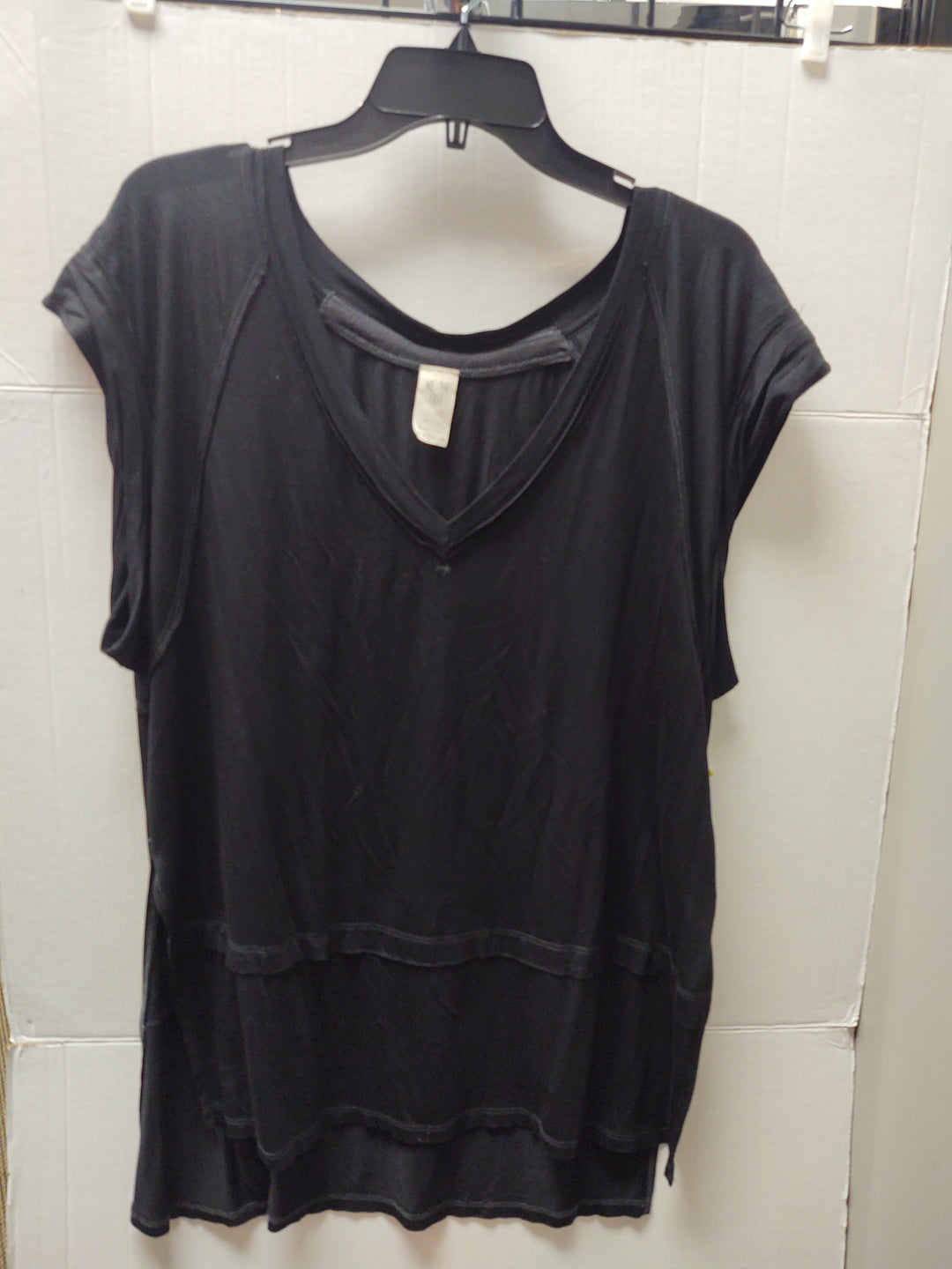 Primary Photo - BRAND: WE THE FREE <BR>STYLE: TOP SHORT SLEEVE <BR>COLOR: BLACK <BR>SIZE: S <BR>SKU: 133-13374-2275