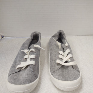 Primary Photo - BRAND: MAD LOVE STYLE: SHOES FLATS COLOR: GREY SIZE: 7 SKU: 133-13341-45600