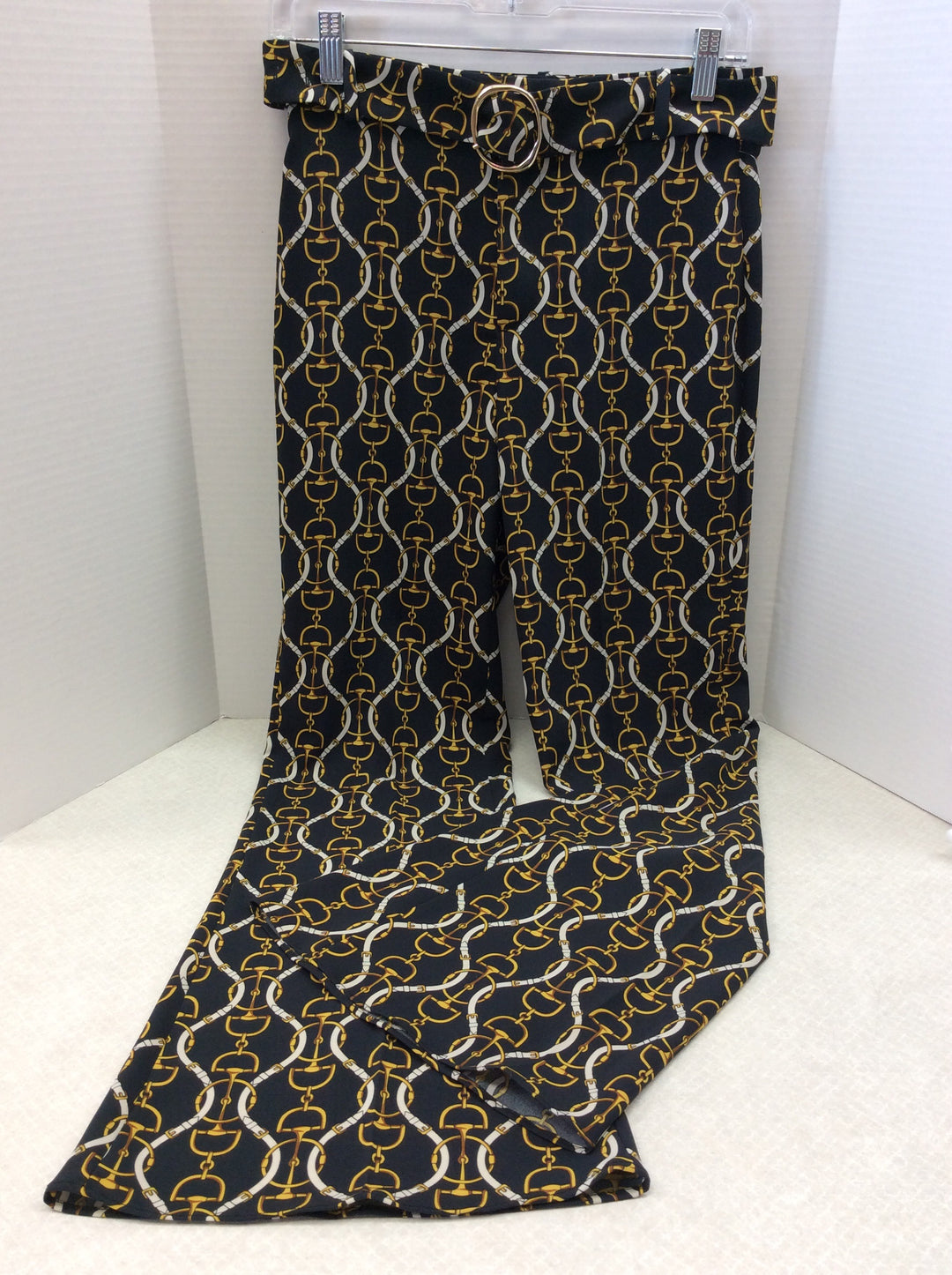 Primary Photo - BRAND: ZARA BASIC <BR>STYLE: PANTS <BR>COLOR: BLACK <BR>SIZE: XS <BR>SKU: 133-13341-41436<BR>WHAT A FUN MODERN TWIST ON A CLASSIC EQUESTRIAN PRINT PANT! SO ON TREND!