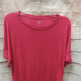 Primary Photo - BRAND: GAP STYLE: TOP SHORT SLEEVE COLOR: FUSCHIA SIZE: S OTHER INFO: NEW! SKU: 133-13350-40410