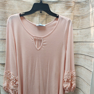 Primary Photo - BRAND: SHE + SKY STYLE: TUNIC LONG SLEEVE COLOR: PINK SIZE: S SKU: 133-13355-34651