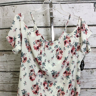 Primary Photo - BRAND: AUW STYLE: TOP SHORT SLEEVE COLOR: FLORAL SIZE: M OTHER INFO: NEW! SKU: 133-13350-40452