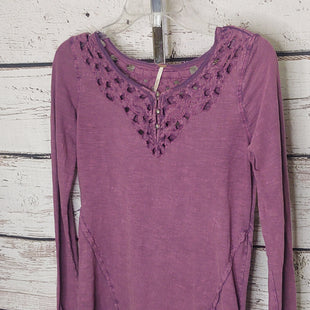 Primary Photo - BRAND: FREE PEOPLE STYLE: TOP LONG SLEEVE COLOR: PURPLE SIZE: S SKU: 133-13379-59